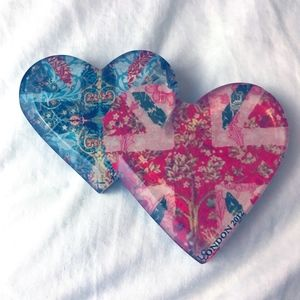 Patterned Heart Pin NWOT
